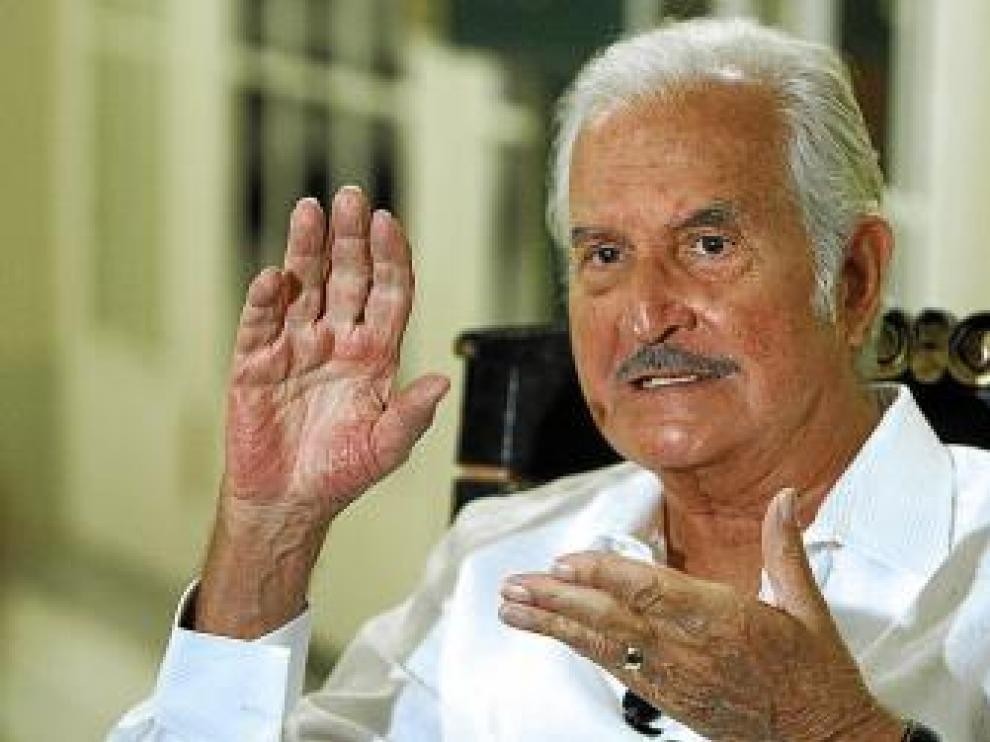 El mexicano Carlos Fuentes, ayer en Madrid.