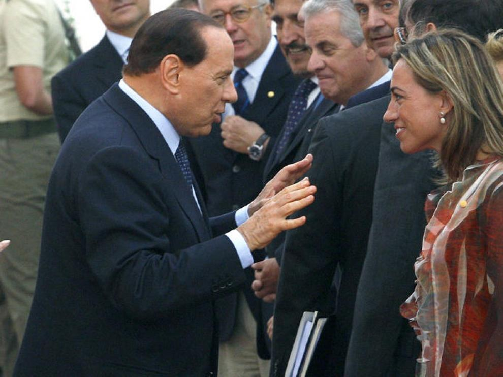 Berlusconi se disculpa por su comentario sobre el 'gobierno rosa'