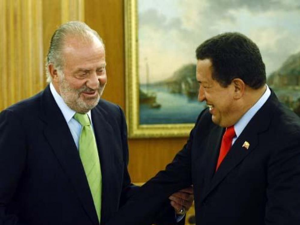 El Rey, con Chávez, en la Zarzuela