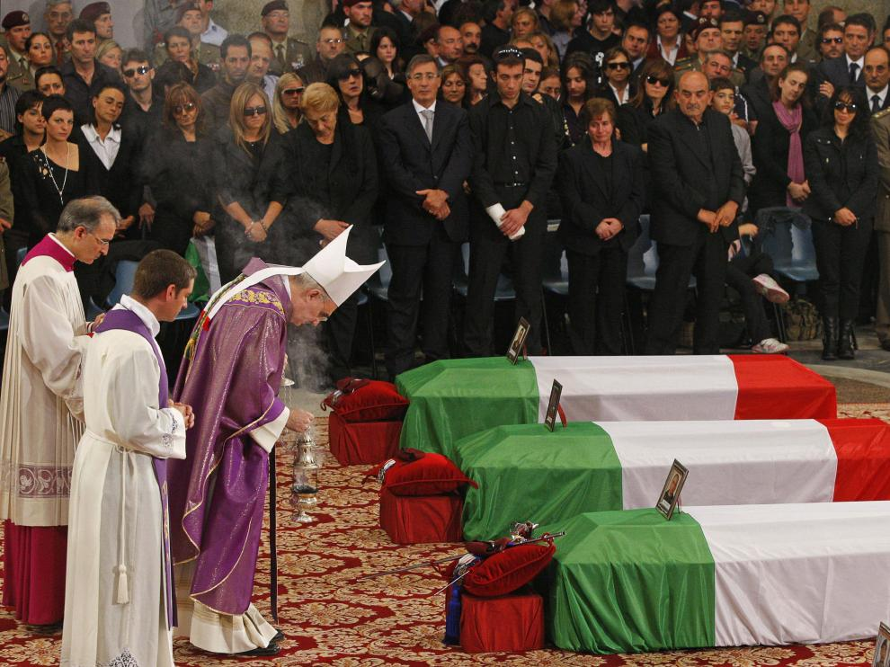 Funeral por los soldados asesinados