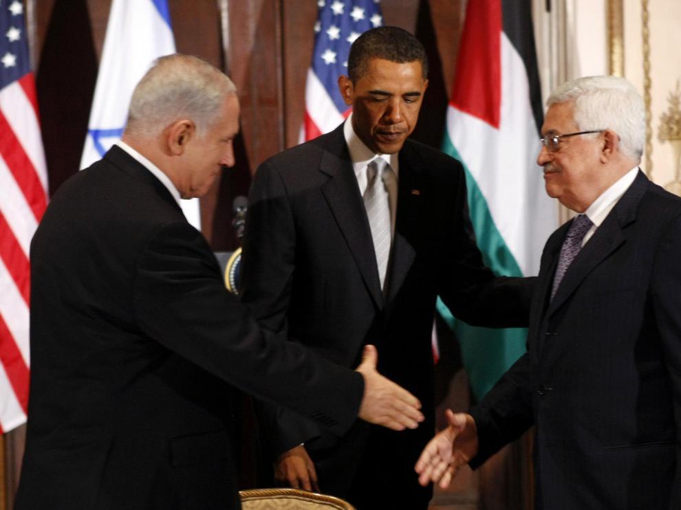 Obama, entre Benjamín Netanyahu y Mahmud Abás