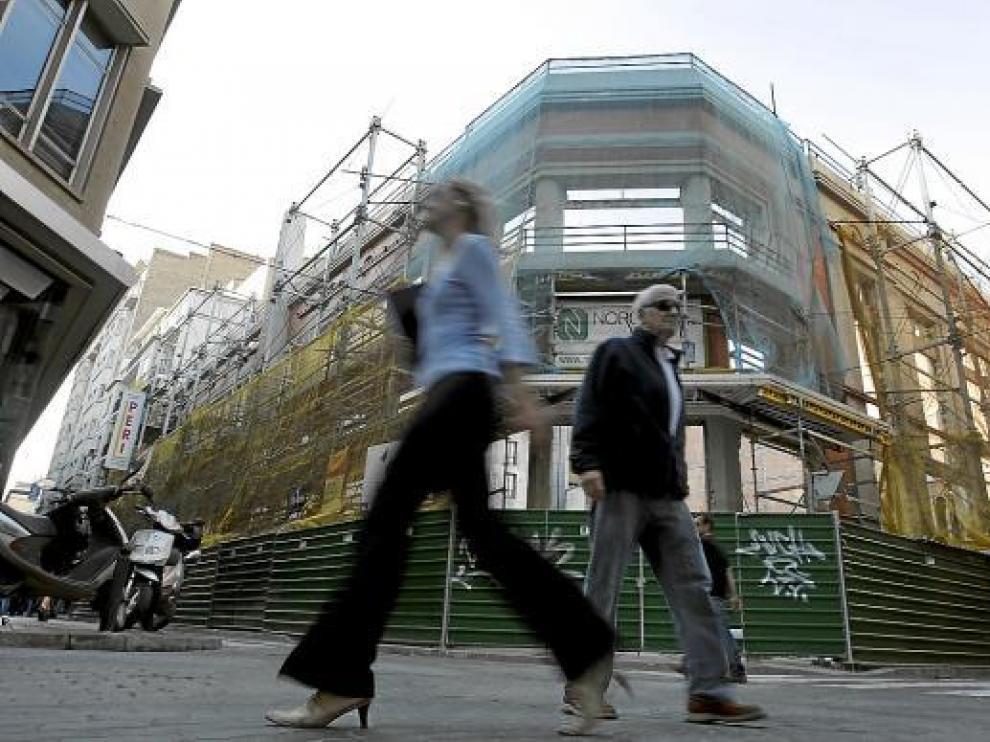 La actividad cesó en los antiguos cines Goya en el año 2005.