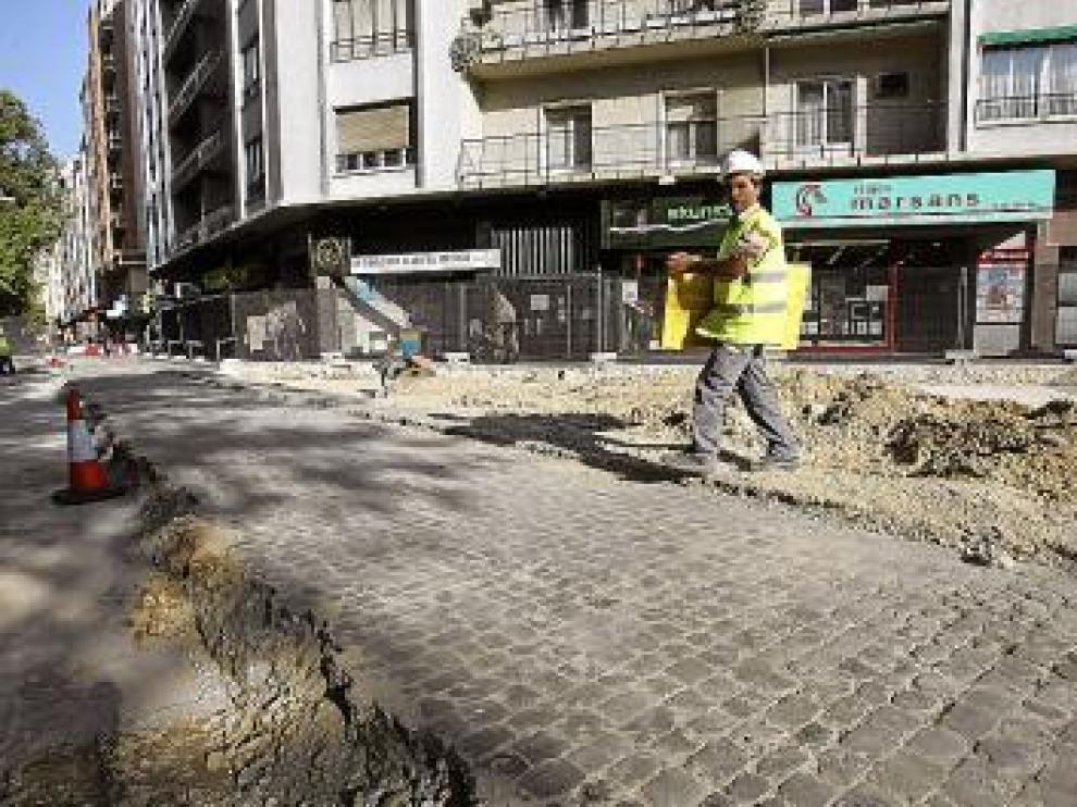 Imagen de la vieja calzada de Gran Vía que había bajo el asfalto.