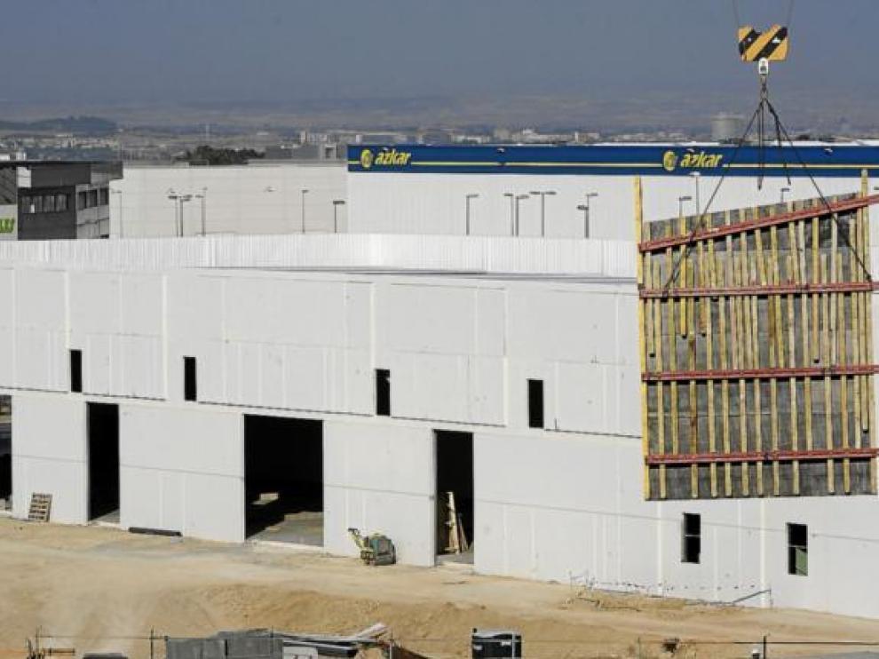 Estado de las obras de uno de los dos edificios que albergarán el nuevo centro de referencia.