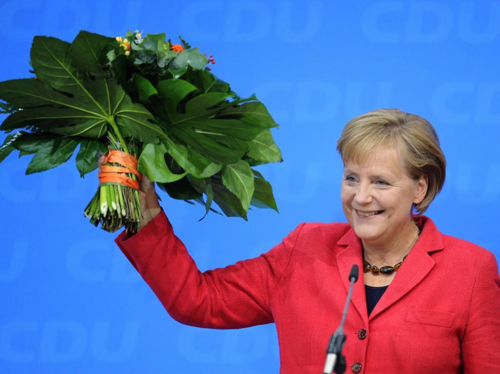 Merkel retiene el poder