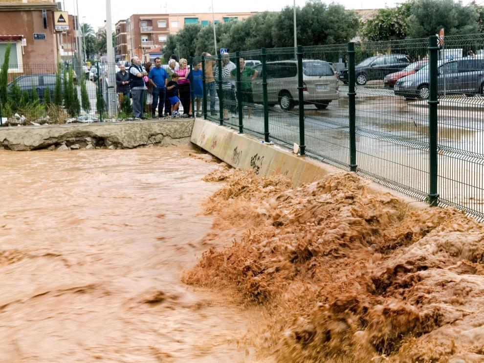 Vista de las inundaciones que se han producido en la zona de la rambla Benipila de Cartagena