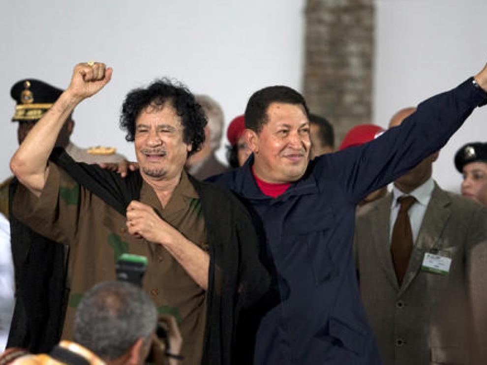 El dirigente de Libia, Muamar Gadafi, y el presidente venezolano, Hugo Chávez