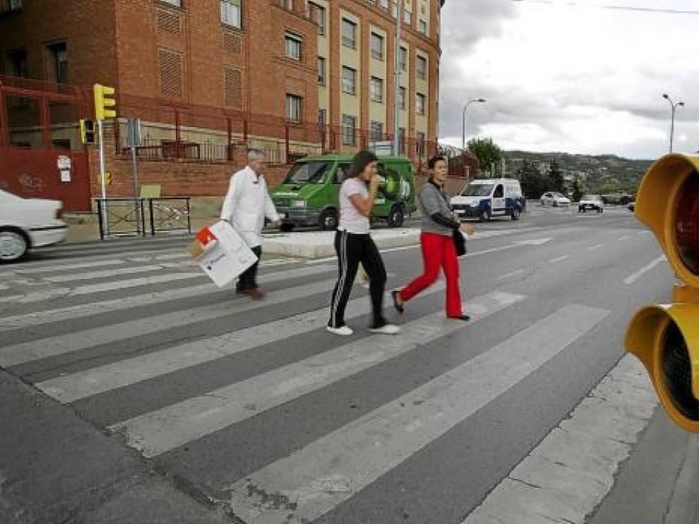 Los semáforos, ya instalados, entrarán en funcionamiento cuando el Óvalo tenga doble sentido.