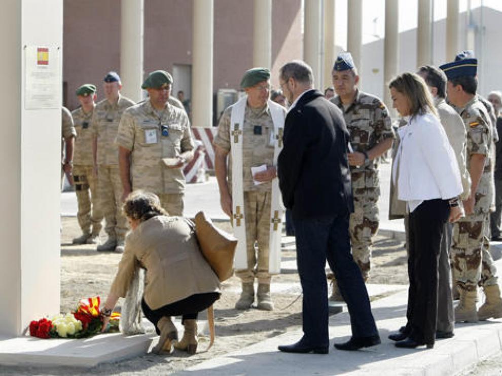 Homenaje en Kabul a los soldados fallecidos
