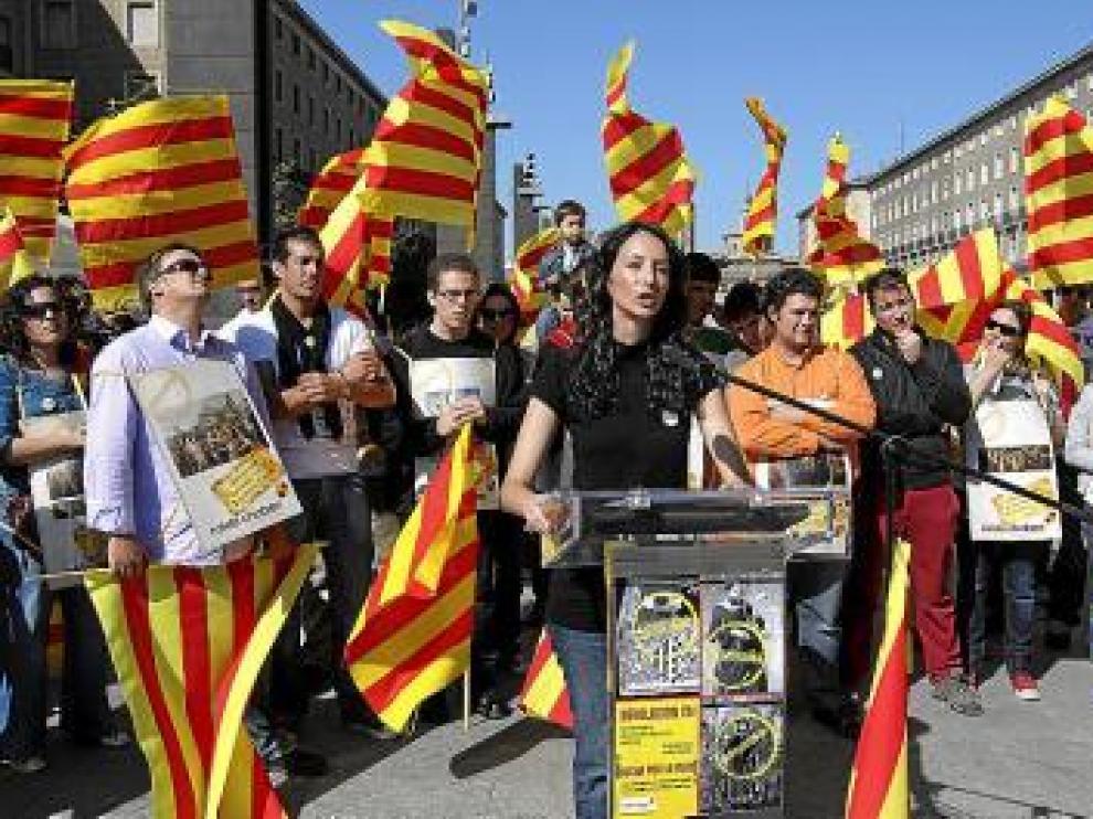 Veinte comités locales del PAR exigen regular el 'chapurreau' frente al catalán