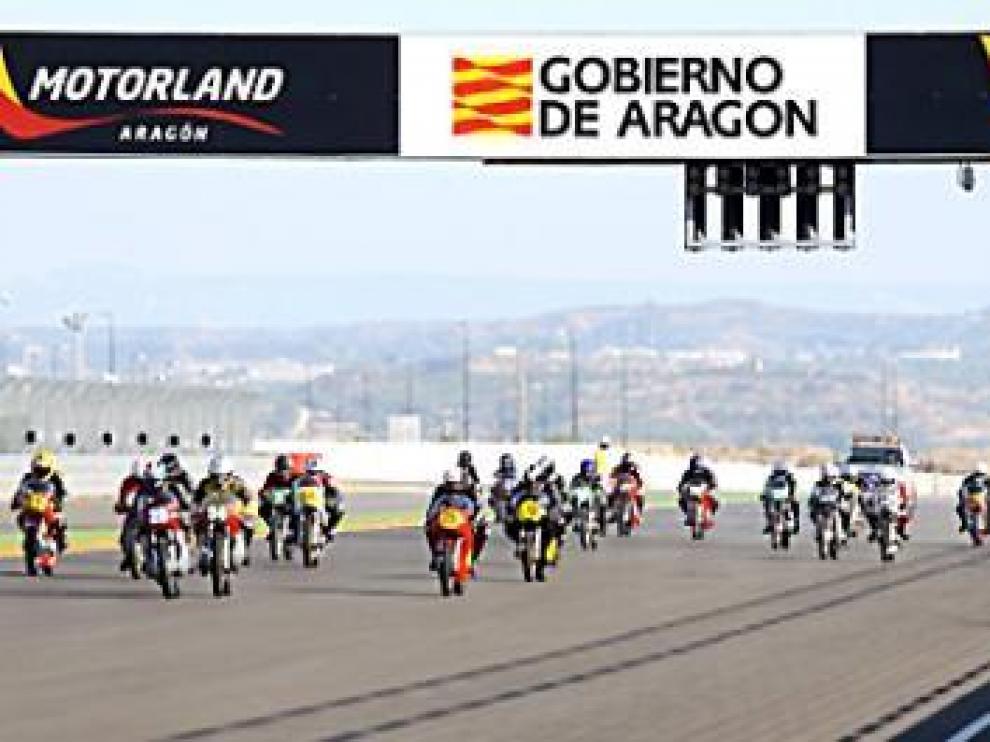 Las motos, ayer, en el circuito de velocidad de Motorland.