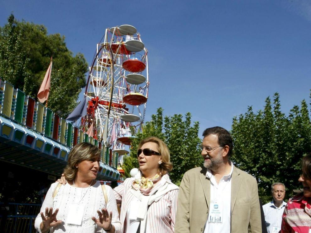 Mariano Rajoy, acompañado por la diputada Luisa Fernanda Rudi