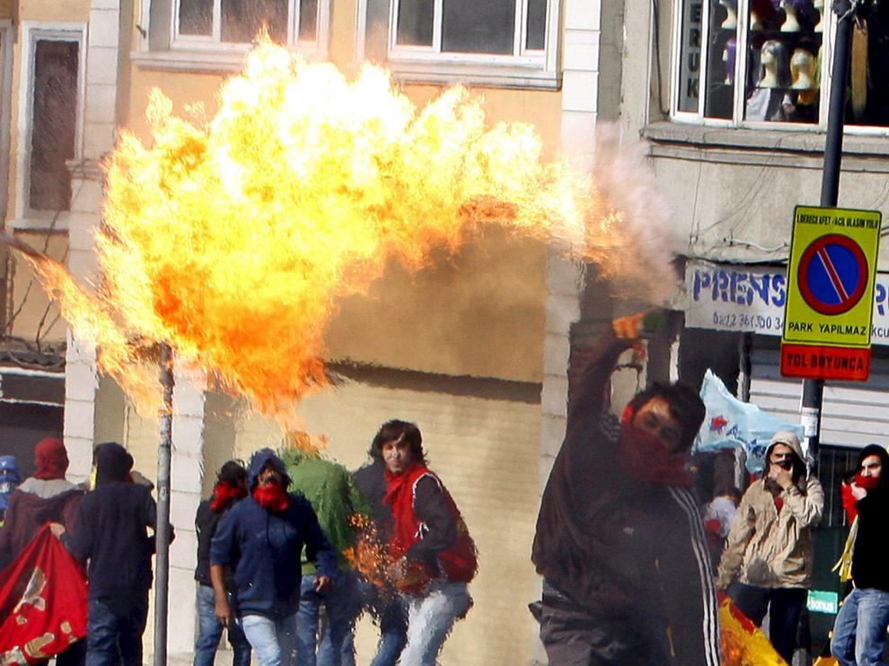 Un centenar de personas fueron detenidas en las calles