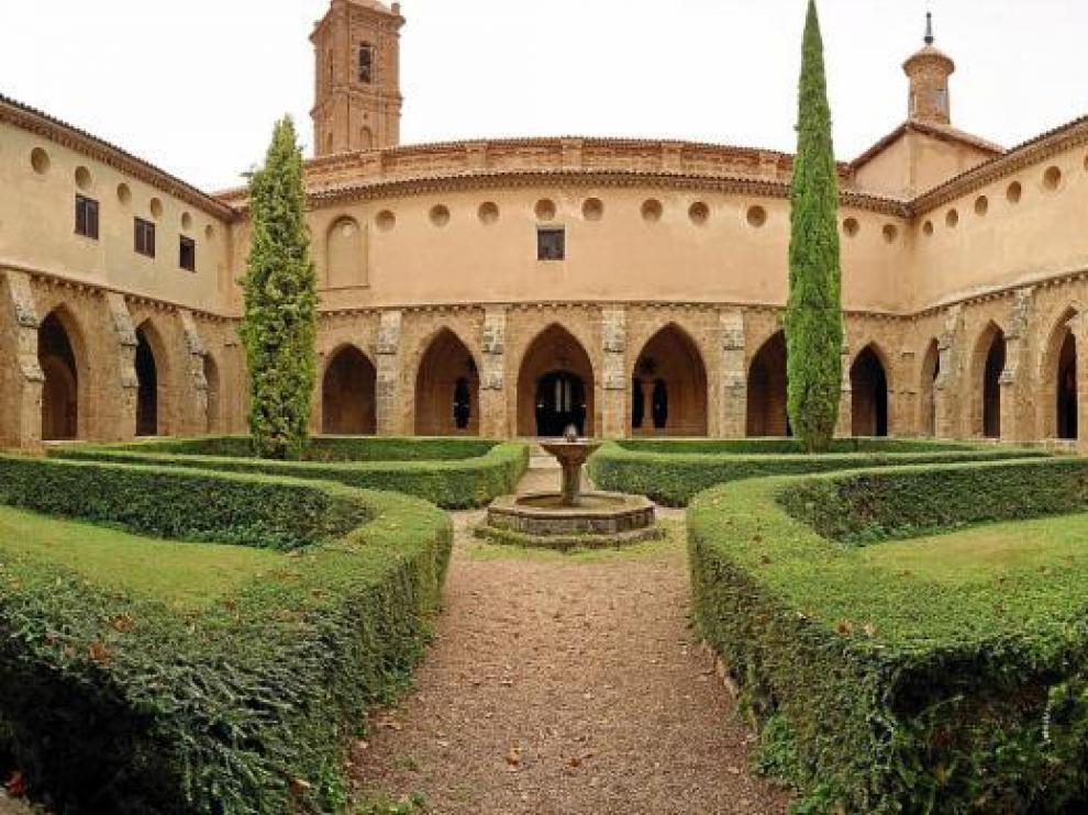 Imagen de archivo del claustro del monasterio cisterciense.