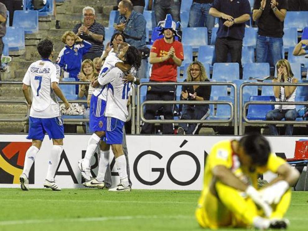 Jorge López y Abel Aguilar, dos de los protagonistas de la cuestiones entre Racing-Real Zaragoza.