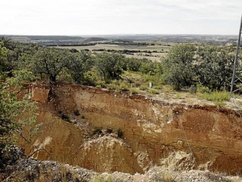 Las obras de la autovía Huesca-Lérida llevan dos años paradas en Lascellas por una sima