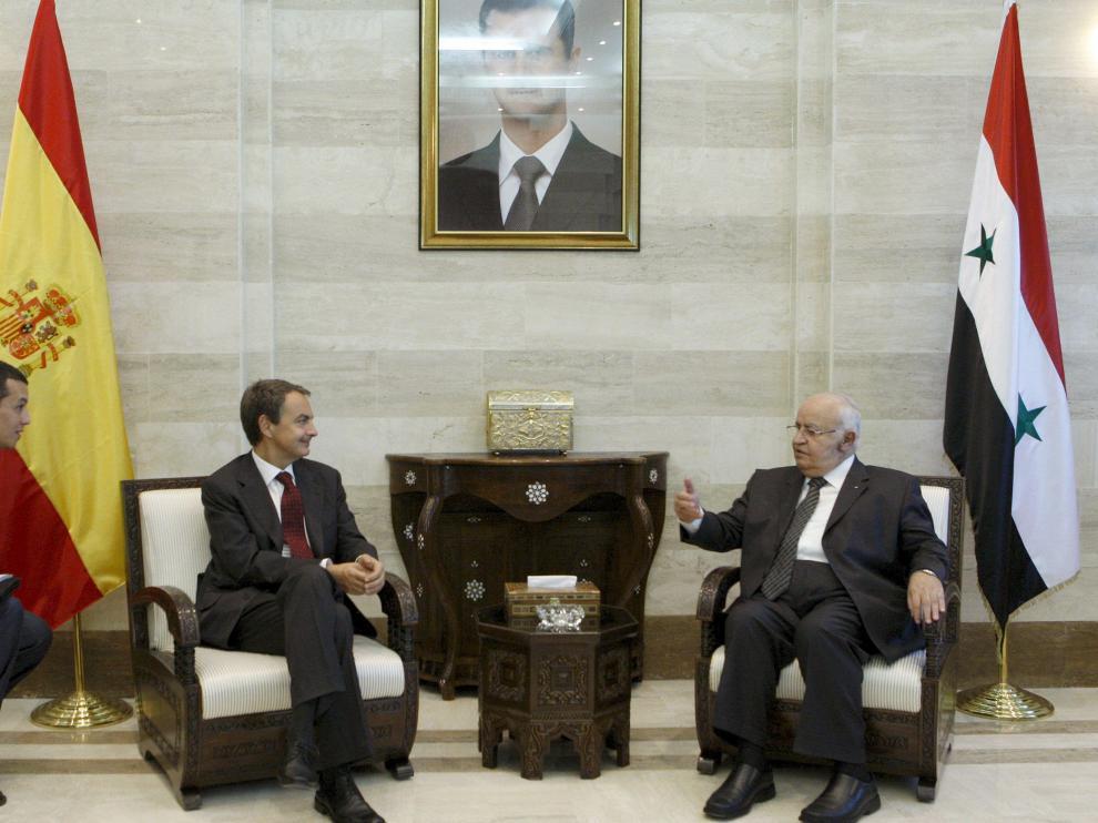 Zapatero se ha entrevistado con el primer ministro de Siria, Muhammad Naji Al-Otari.