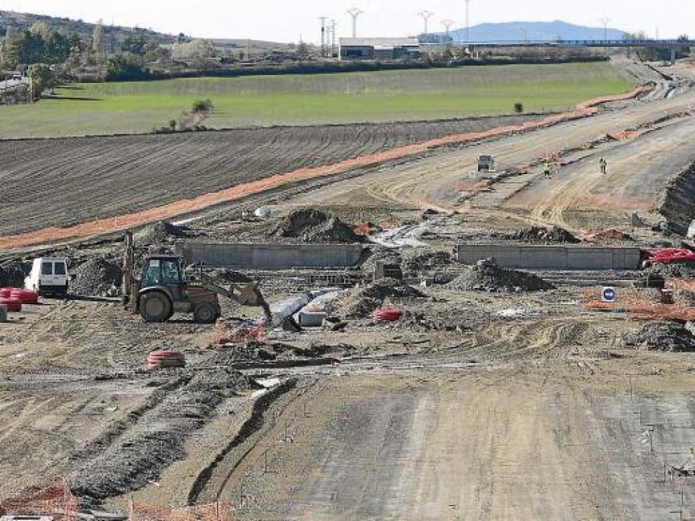 Obras en el entorno de Sabiñánigo, donde dos de los tramos se han paralizado