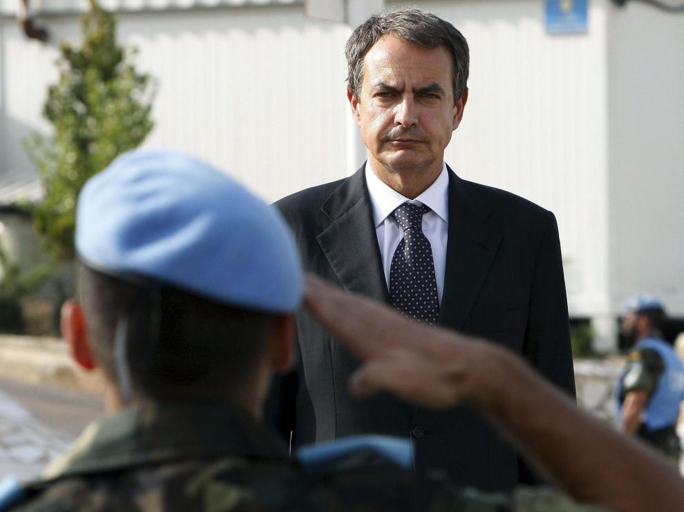 El presidente visitó a las tropas españolas destinadas en Líbano