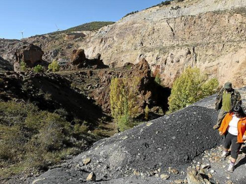 Antiguas explotaciones de mineral de hierro en Ojos Negros.