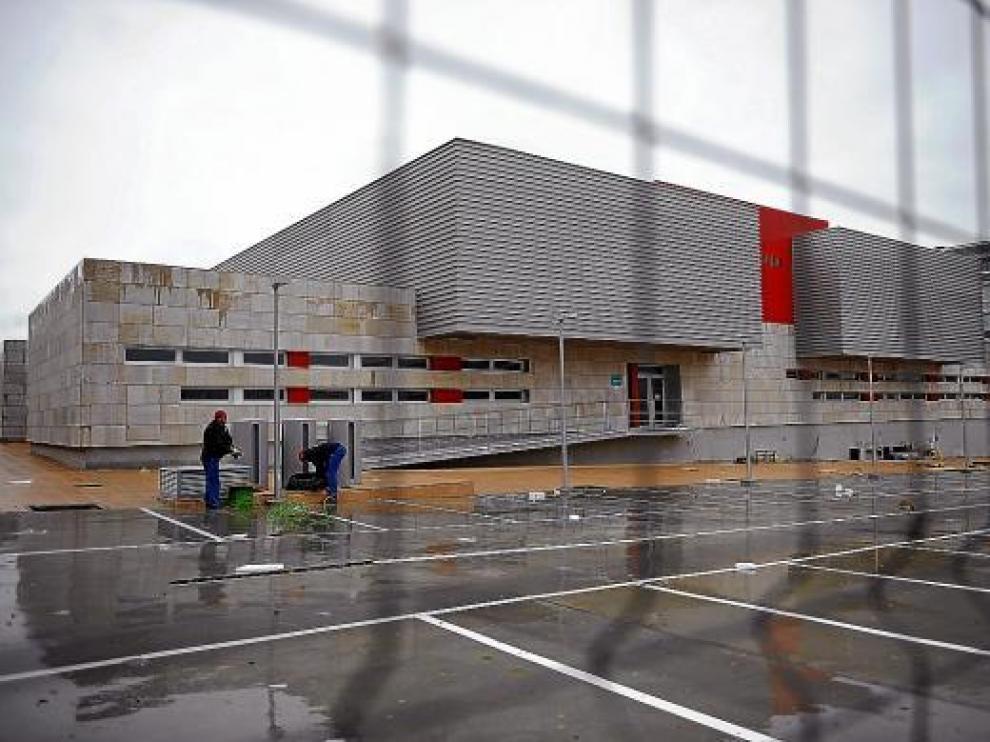 Imagen que presenta actualmente el edificio que albergará el centro de salud de Valdespartera.