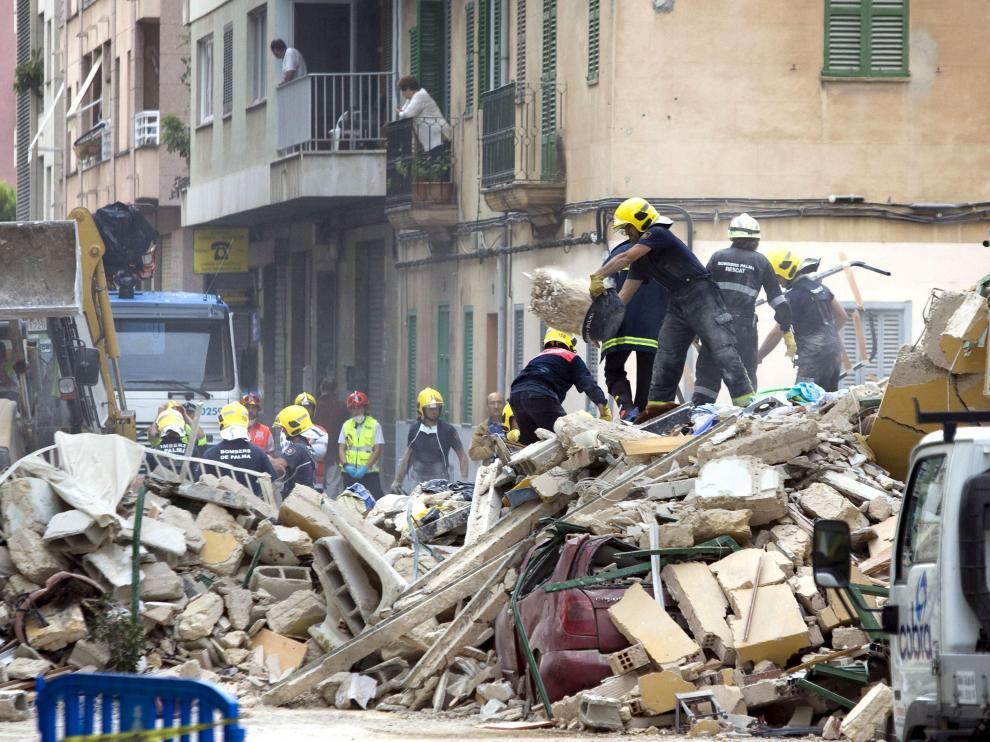 Escombros del edificio derruído en Mallorca