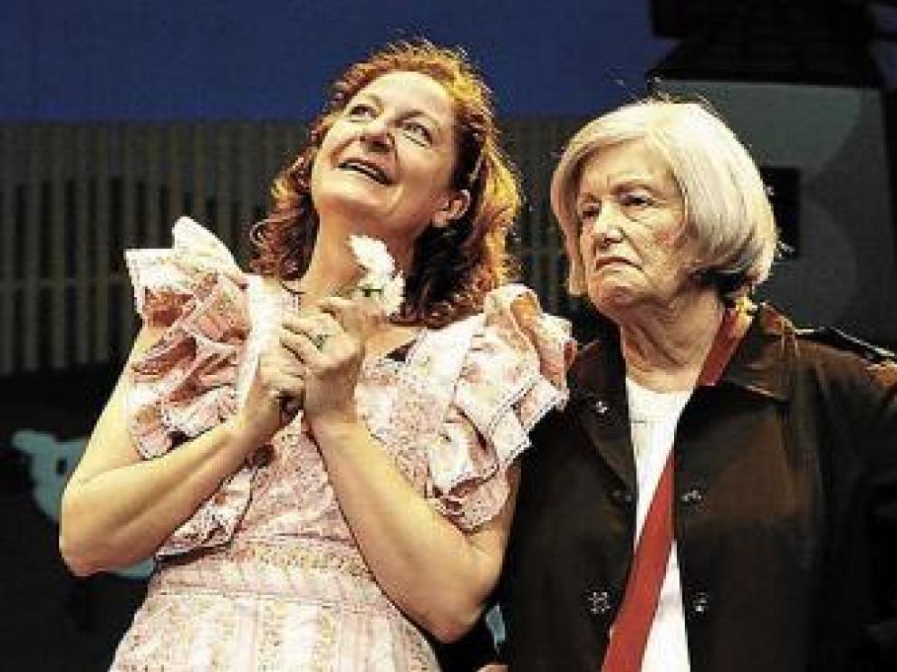 Rosario Pardo y María Galiana, en 'Fugadas'.