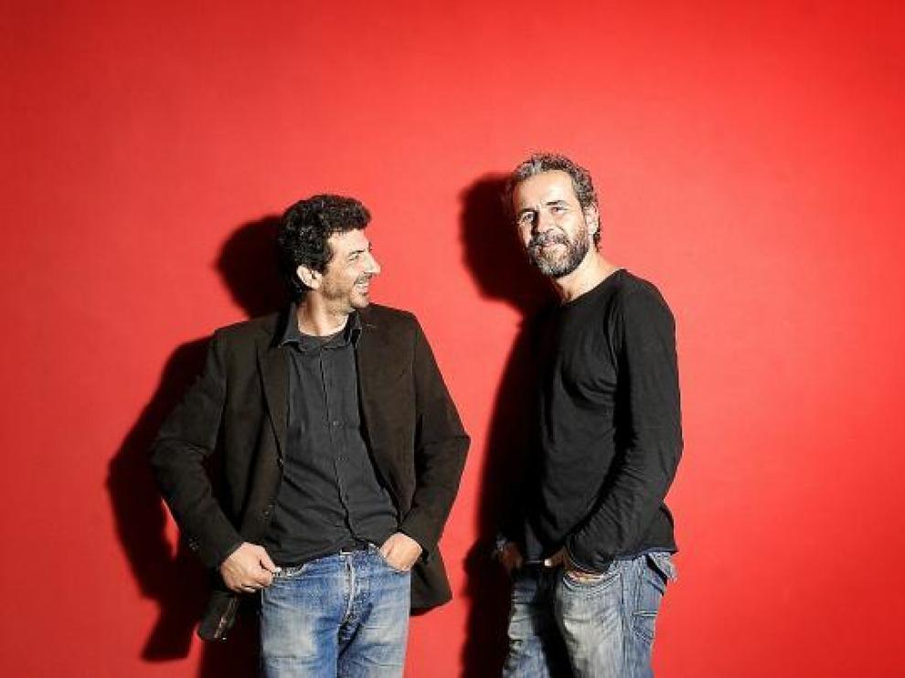 Alberto Rodríguez y Willy Toledo, antes del coloquio en el que hablaron de su última película, 'After'.