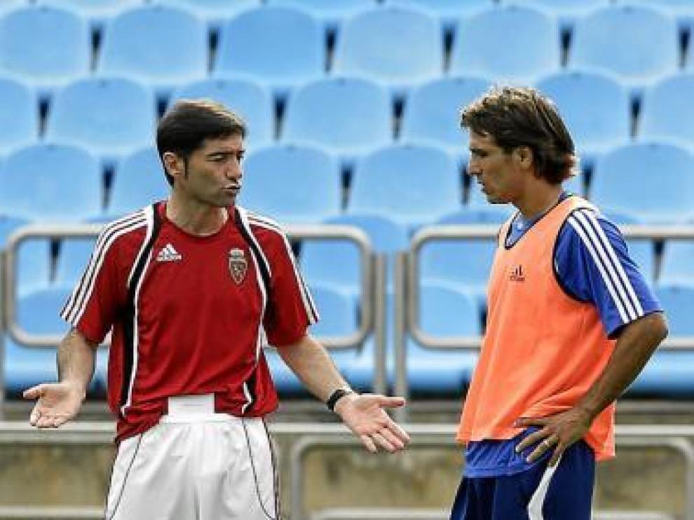 Marcelino dialoga con Leo Ponzio.
