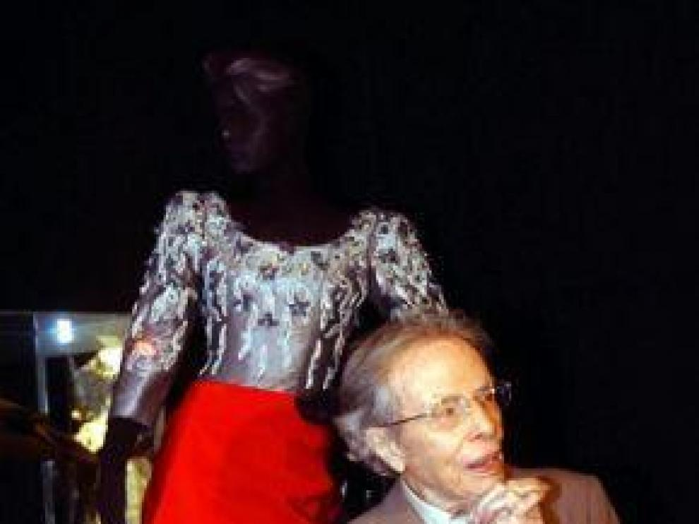 Manuel Pertegaz recibe elPremio Nacional de Diseño de Moda
