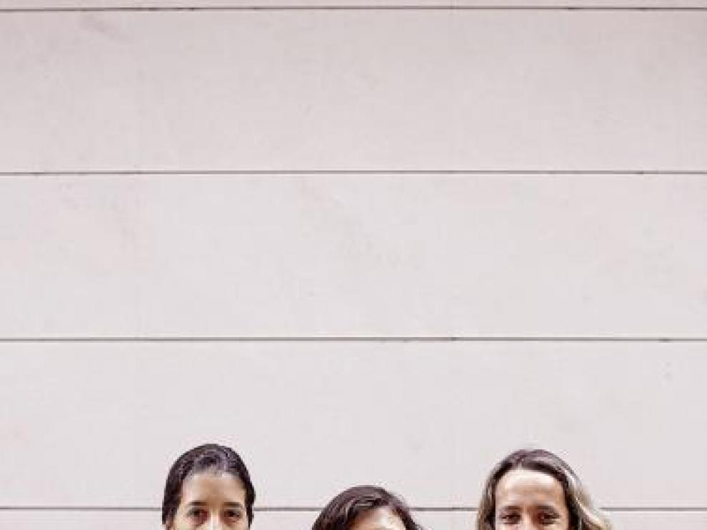 Claudia Neto, Ana Borges y Sonia Matías, la sonrisa del Prainsa.