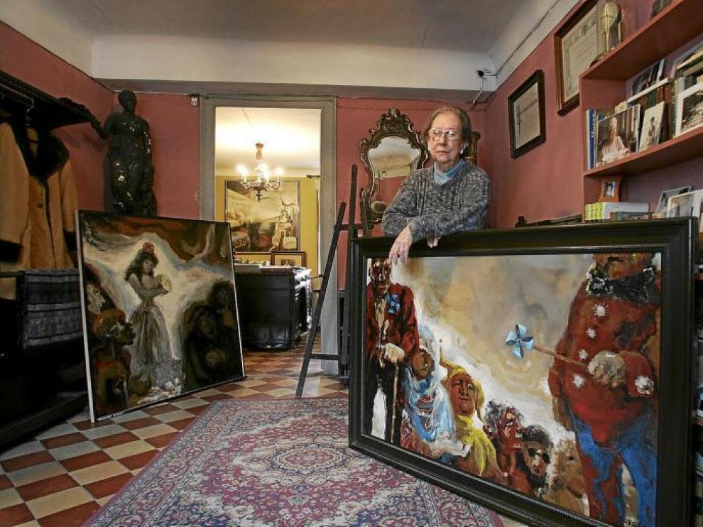 Pilar Burges, en su casa del Coso, en una imagen tomada en 2006.