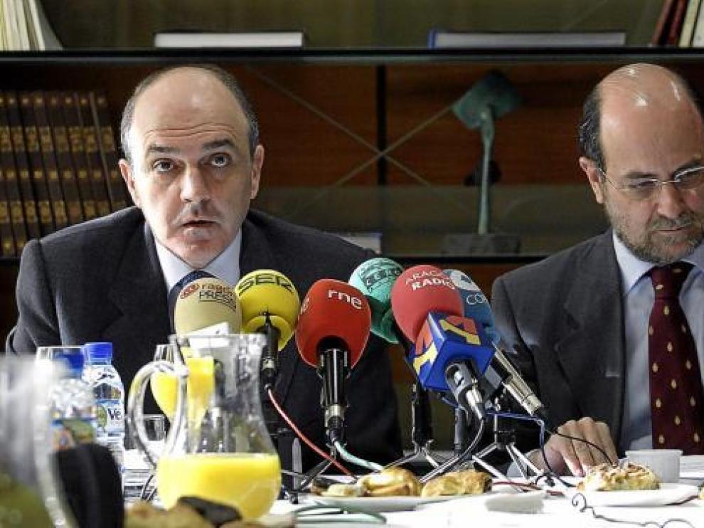 Tomás García Montes (izquierda), junto al director general adjunto, Juan Antonio García deToledo.