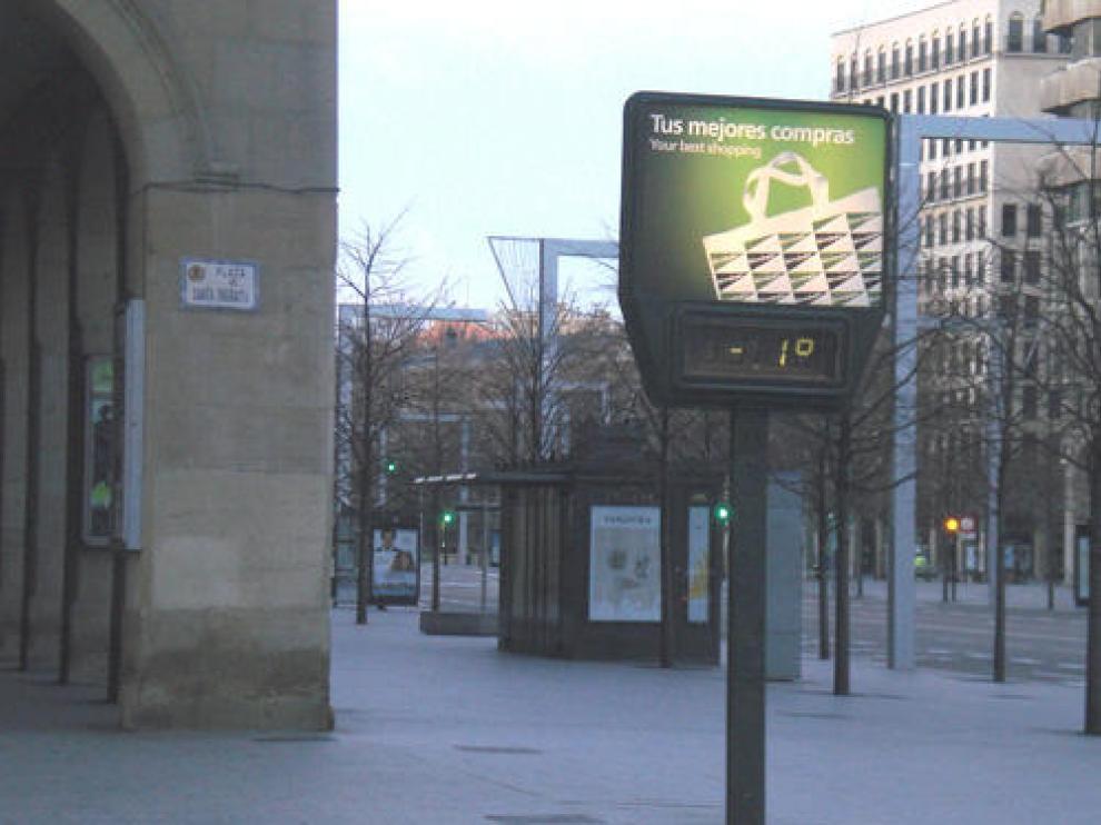 Termómetro de la plaza Santa Engracia