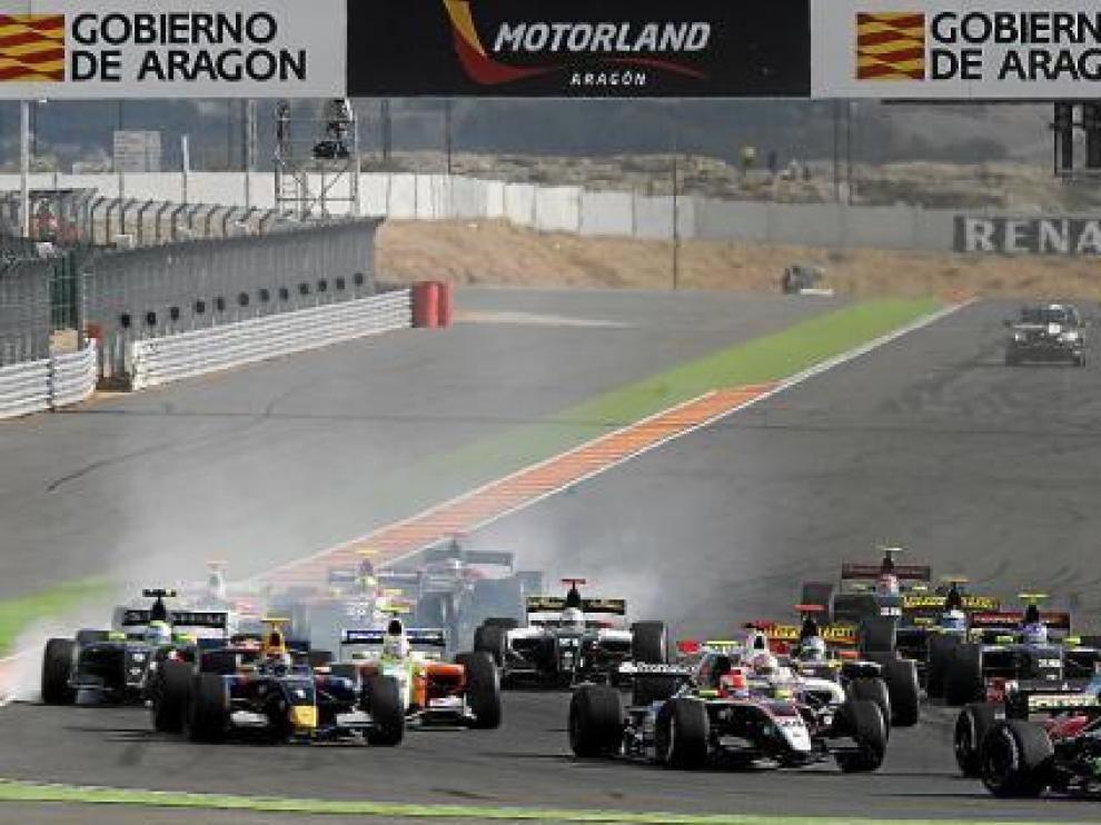 La puesta de largo internacional de la pista de velocidad de Motorland llegó con las World Series