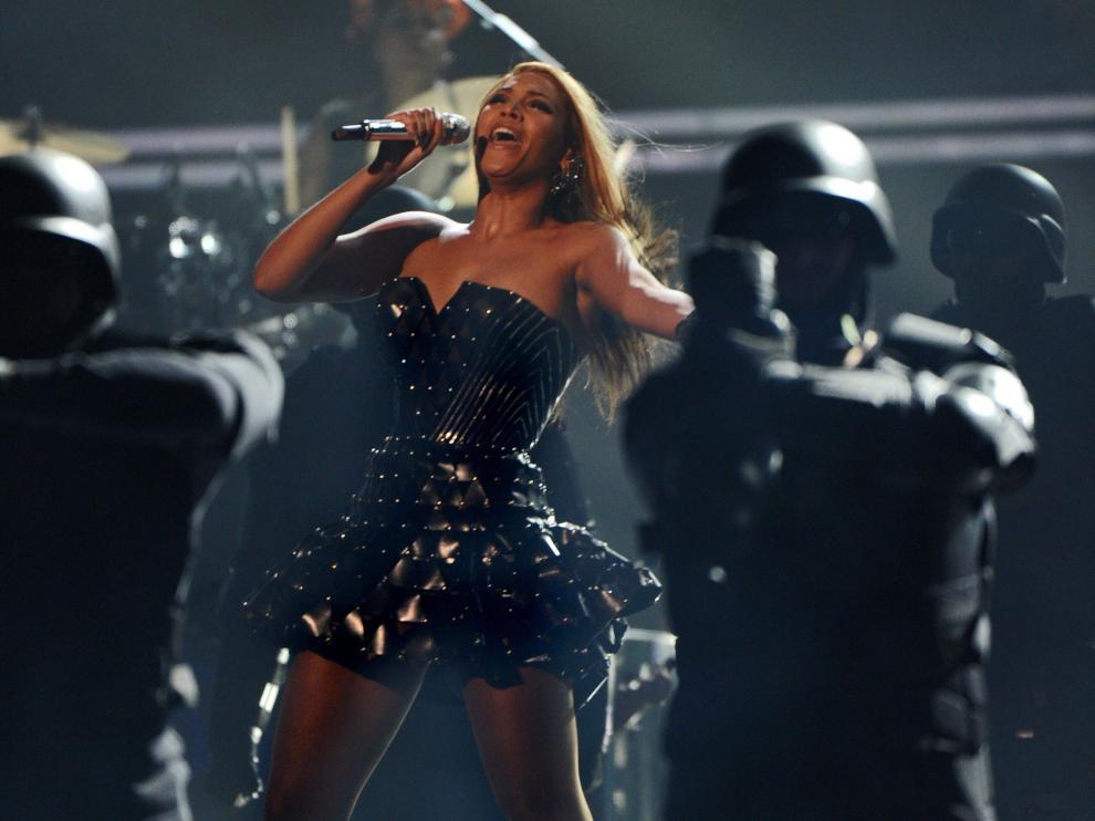 Beyoncé arrasa en los Grammy