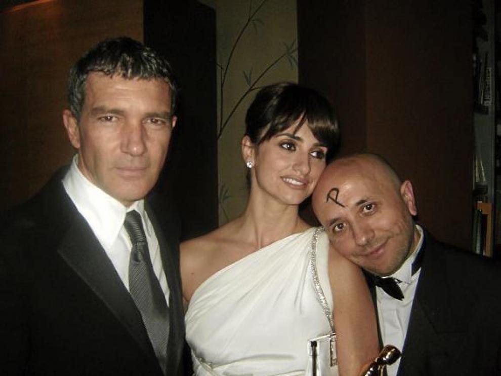Antonio Banderas, Penélope Cruz y Luis Alegre, en la fiesta que dio Madonna tras los Óscar de 2009