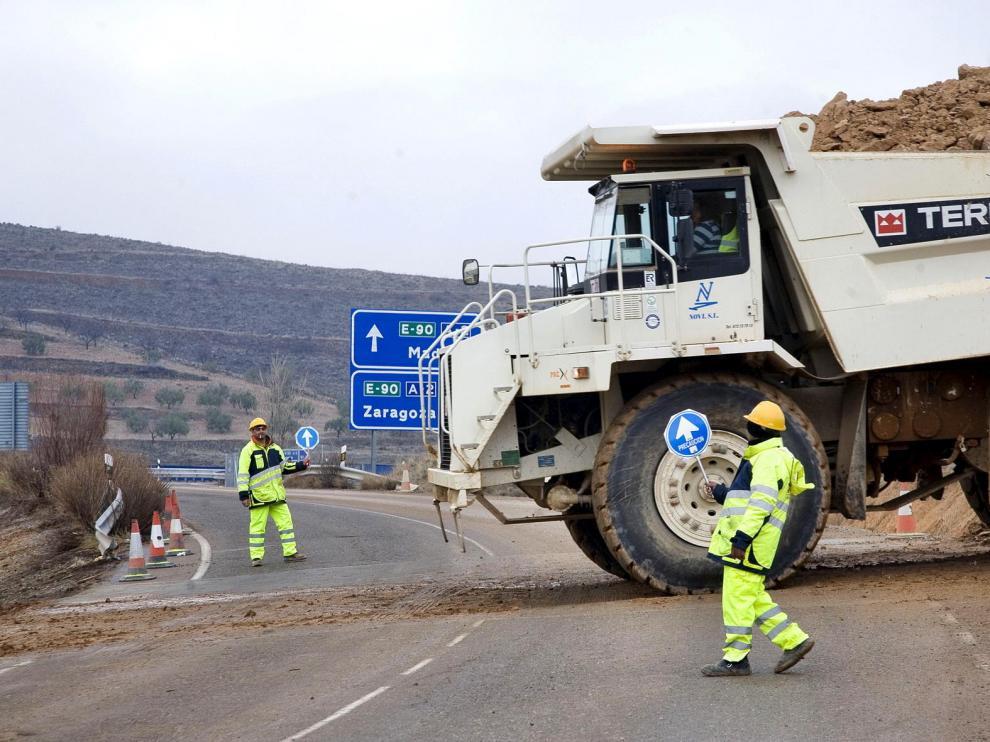 La reforma de la autovía de Madrid se retoma al fin con el objetivo de reestrenarla en 2011
