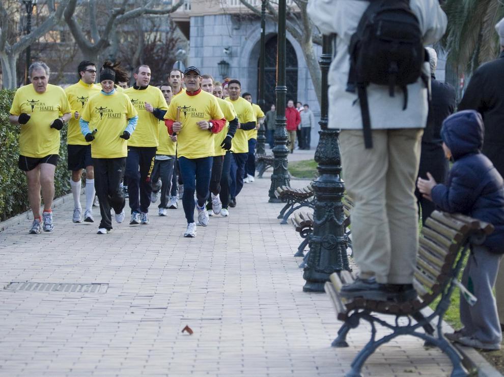 La carrera finalizó en la plaza de Los Sitios.