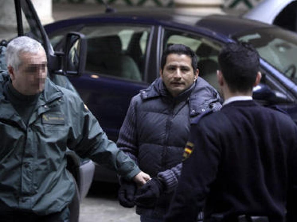 Ángel Abelardo C. B., el día del juicio en la Audiencia de Zaragoza