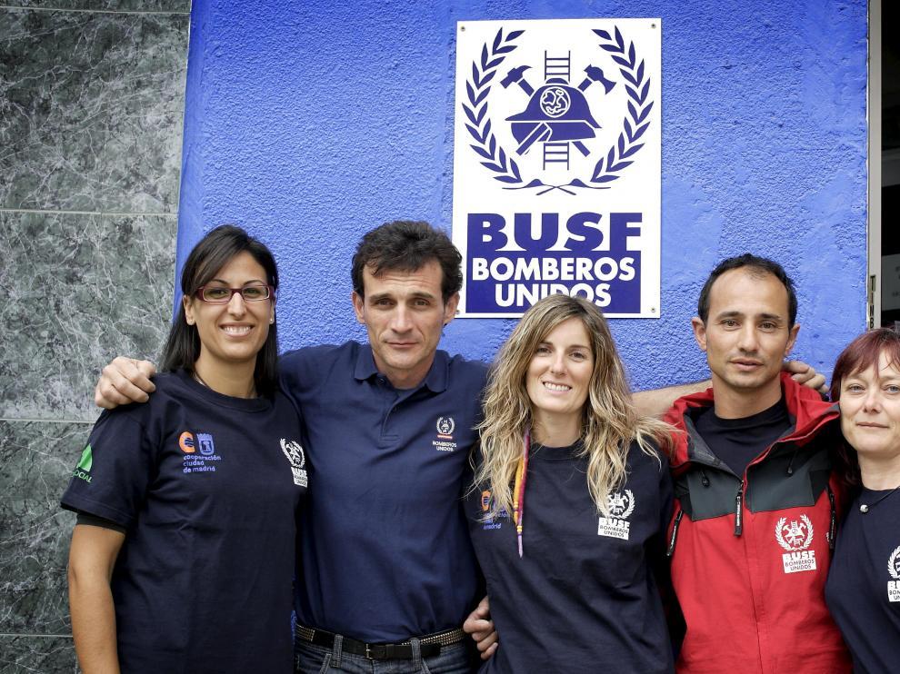 Esther Fajardo, Kike Mur, Marta Pellicer, Michel García e Inmaculada Molina, parte del grupo aragonés que acaba de volver de Haití.