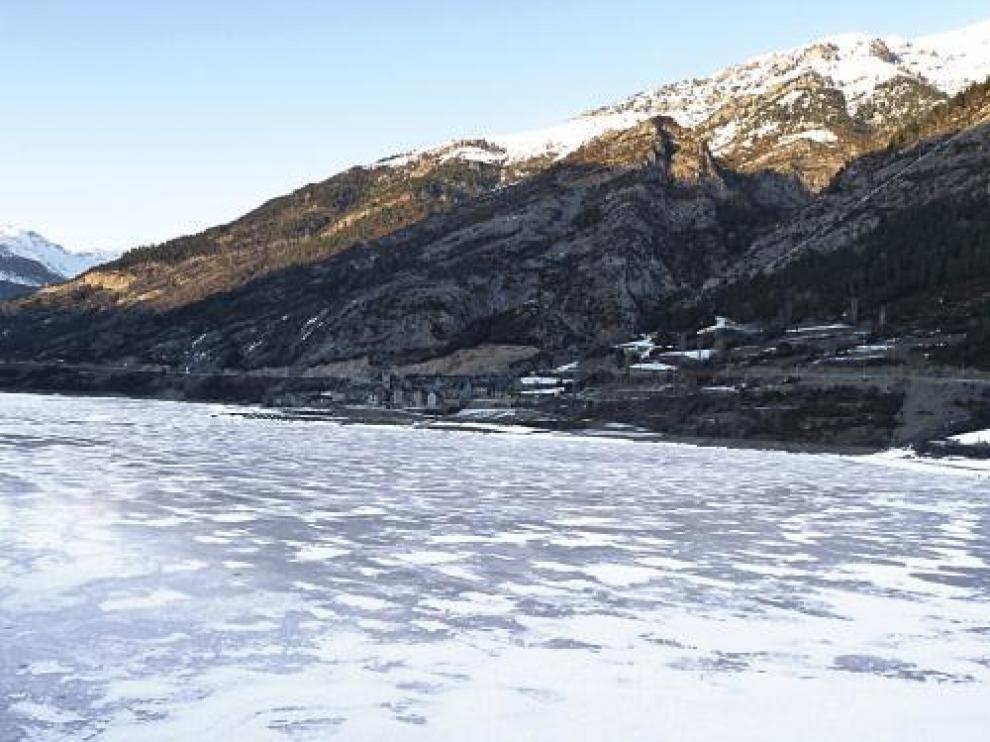Prealerta por nieve en Zaragoza y Teruel en un nuevo día de heladas generalizadas