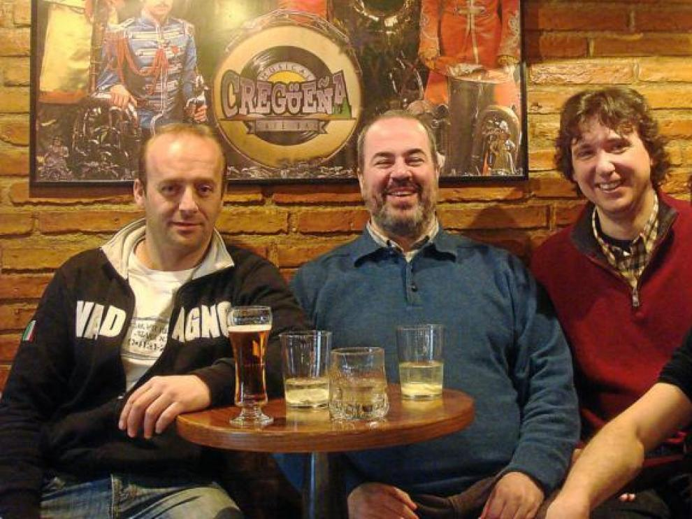 César Pardo, Rafael Quirós, Javier Mur y Sergio Tabuenca, amigos y residentes en Benasque. Y, ahora, compañeros musicales.