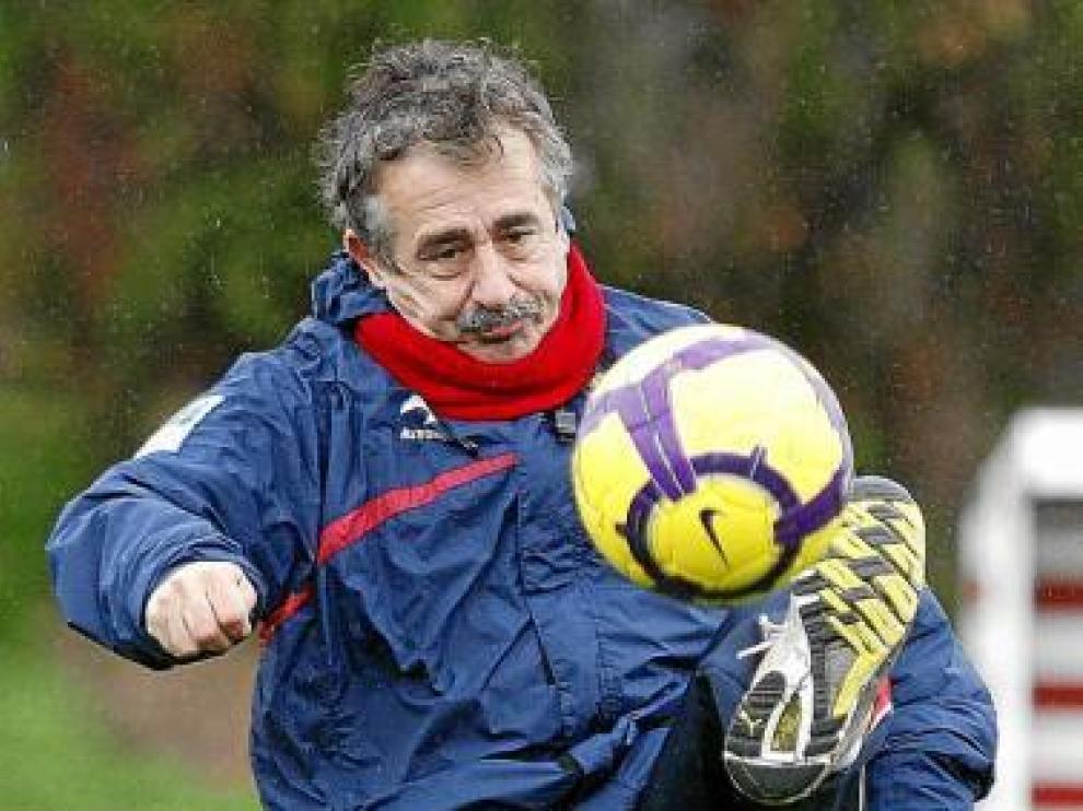 Manolo Preciado, en un entrenamiento en Mareo.