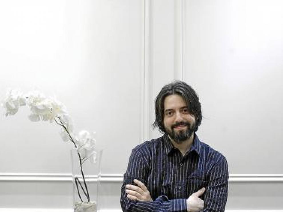 El escritor Andrés Neuman, ayer, en Zaragoza