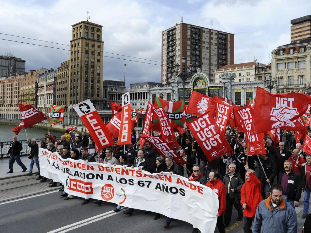 Cabecera de la manifestación en Bilbao