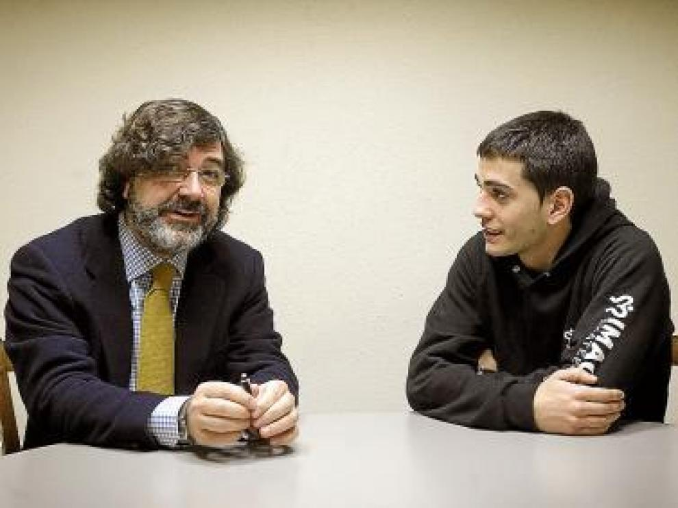Álvaro Rodríguez, a la derecha, con su abogado, Eladio Mateo Ayala