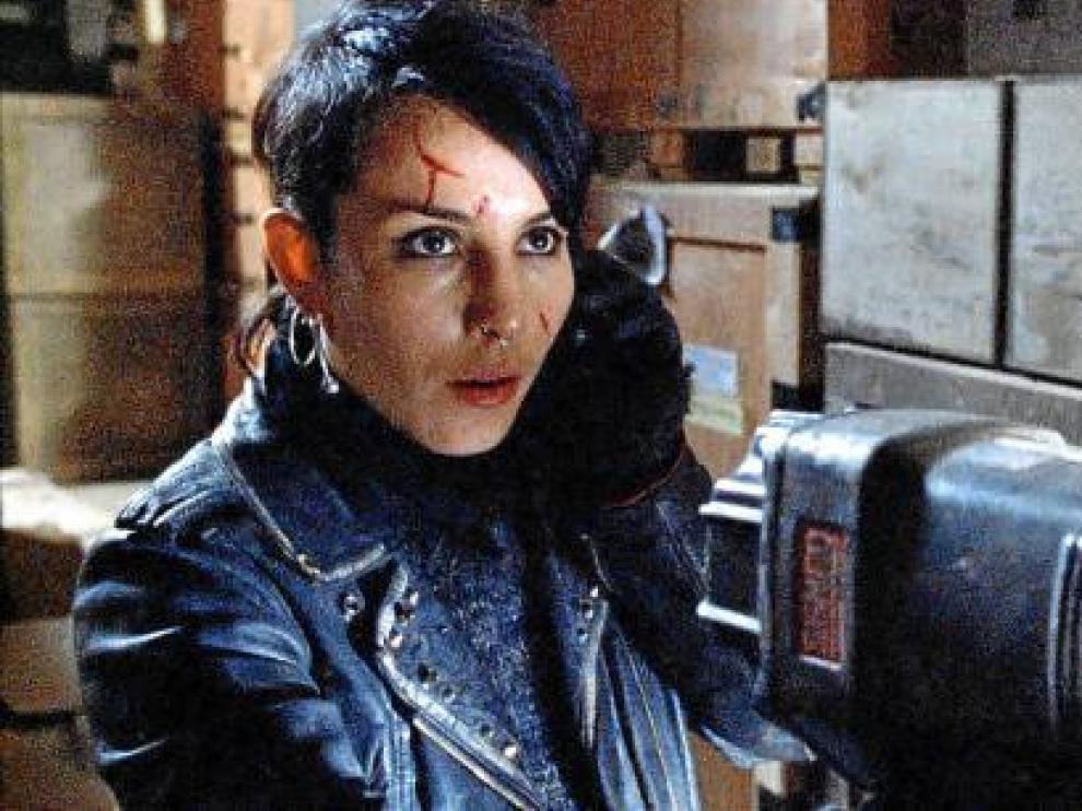 Noomi Rapace, caracterizada como Lisbeth Salander, en 'Millenium 3'.
