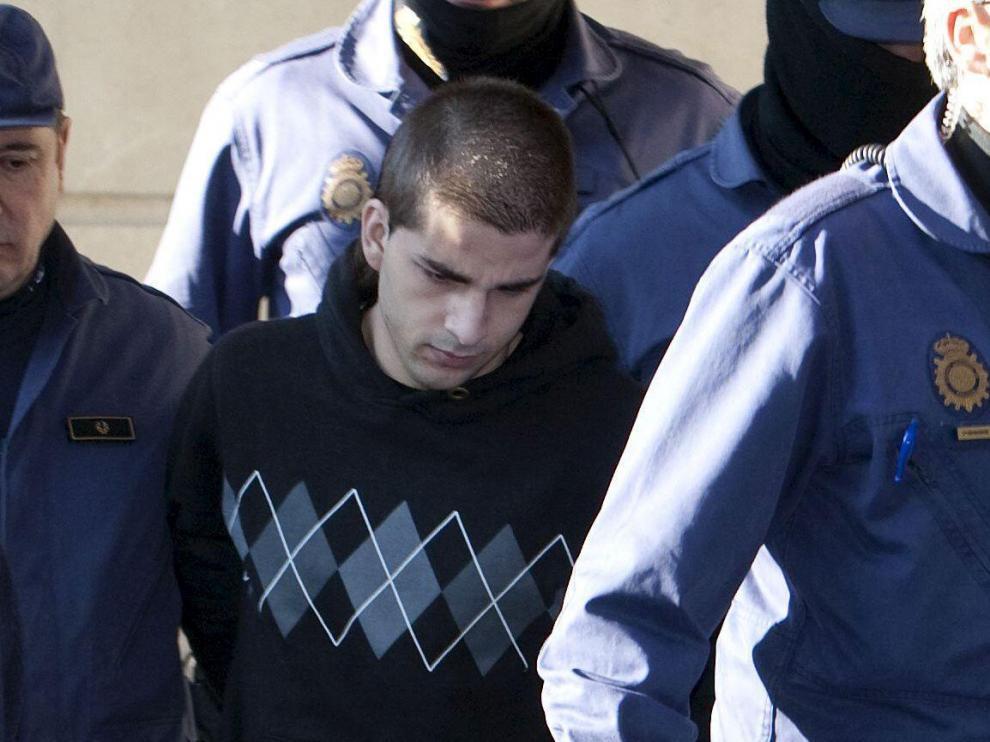 El asesino confeso de Marta del Castillo a su llegada a los Juzgados de Sevilla