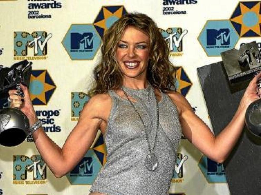 Kylie Minogue, triunfadora de los EMA de Barcelona en 2002